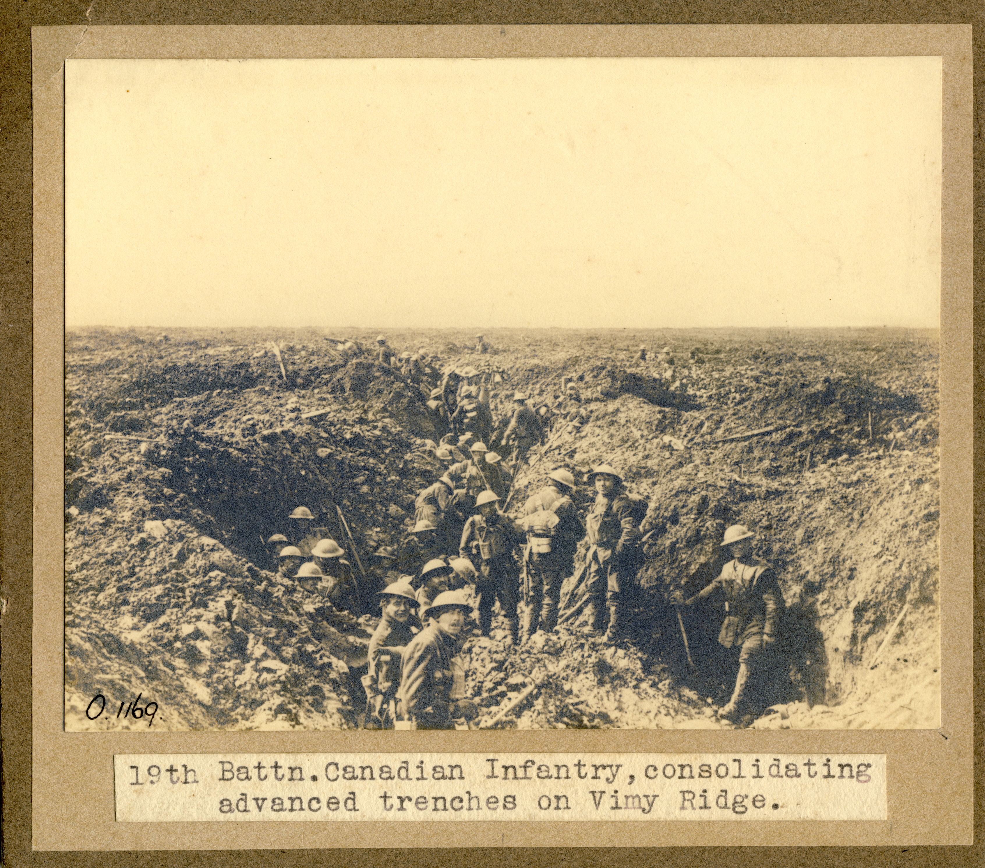 Consolidating advance trenches at Vimy Ridge